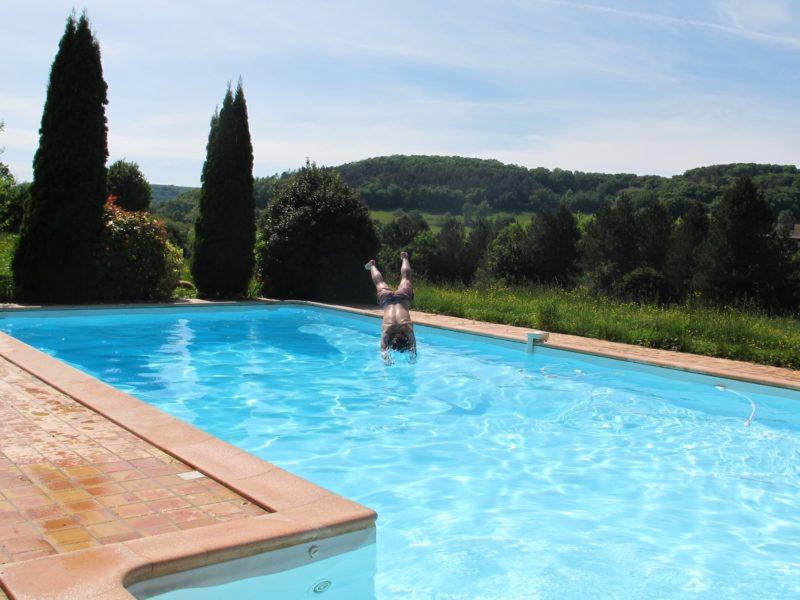 duik in zwembad